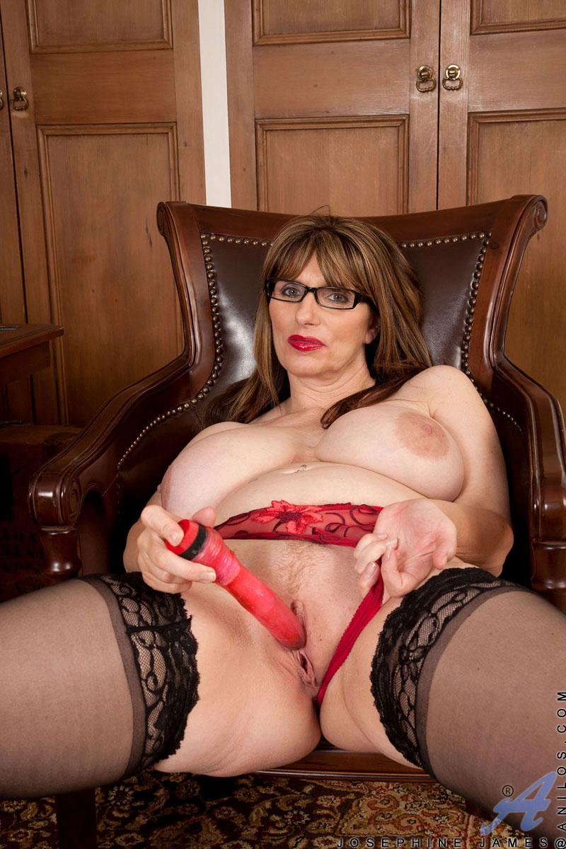 tumblr british big tits